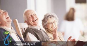 الضحك قد يكون العلاج الأفضل لفقذان الذاكرة